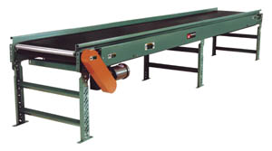 slider bed belt conveyor with sides.jpg